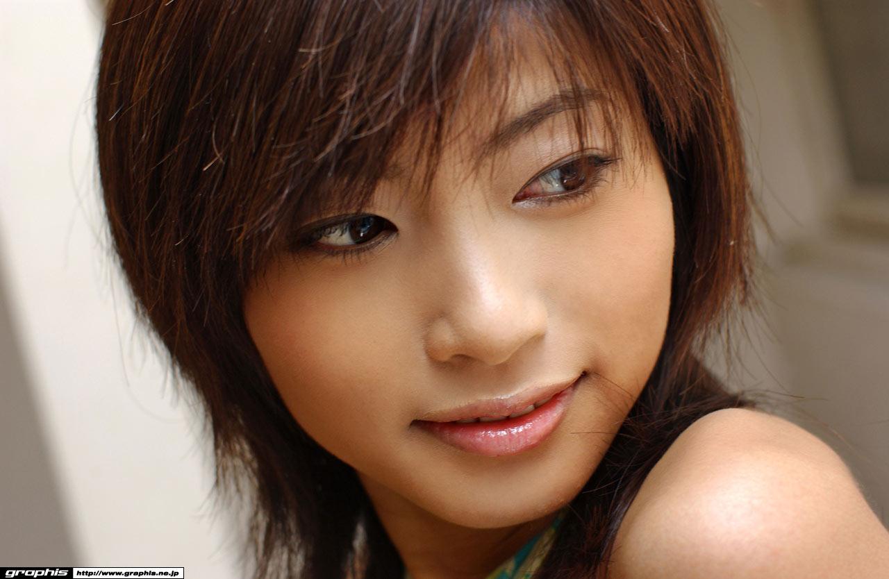 Шикарные формы японских девушек 14 фотография